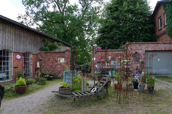 Eingang Zum Café Und Garten: